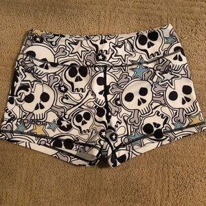 Barbell voodoo shorts